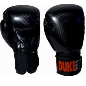 Anatomisesti muotoillut Duke Fitness nyrkkeilyhanskat keinonahkaa, hi-tech PU:ta. Kestävä materiaali!