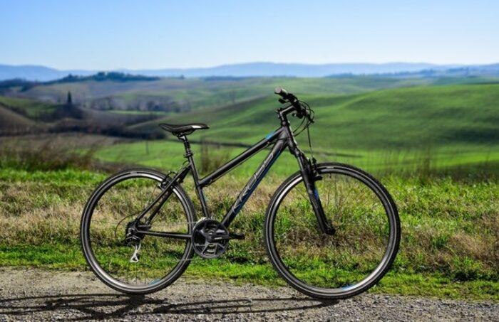 Kross Evado 3.0 naisten hybridi polkupyörä - sopivasti sporttinen!