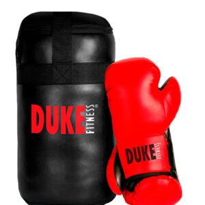 Duke Fitness Junior nyrkkeilysetissä on mukana pieni mutta pippurinen ja stydi, n. 50cm nyrkkeilysäkki ja 6 oz. keinonahkaiset PU-nyrkkeilyhanskat.