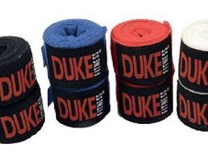 Duke Fitness nyrkkeilysiteet suojaavat käsiä lyöntiharjoituksissa.