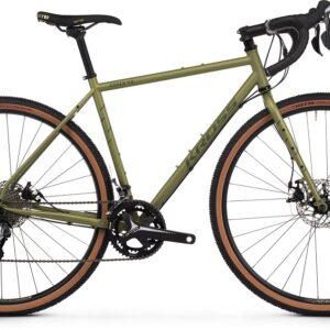 Kross Esker 4.0 Gravel polkupyörä on kestävä ja monipuolinen pyörä laatua arvostavalle!